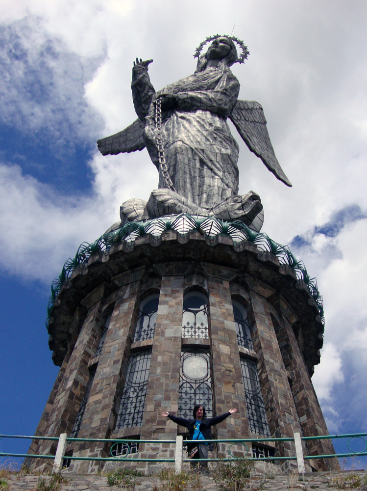 Me-and-the-Virgin-del-Panecillo