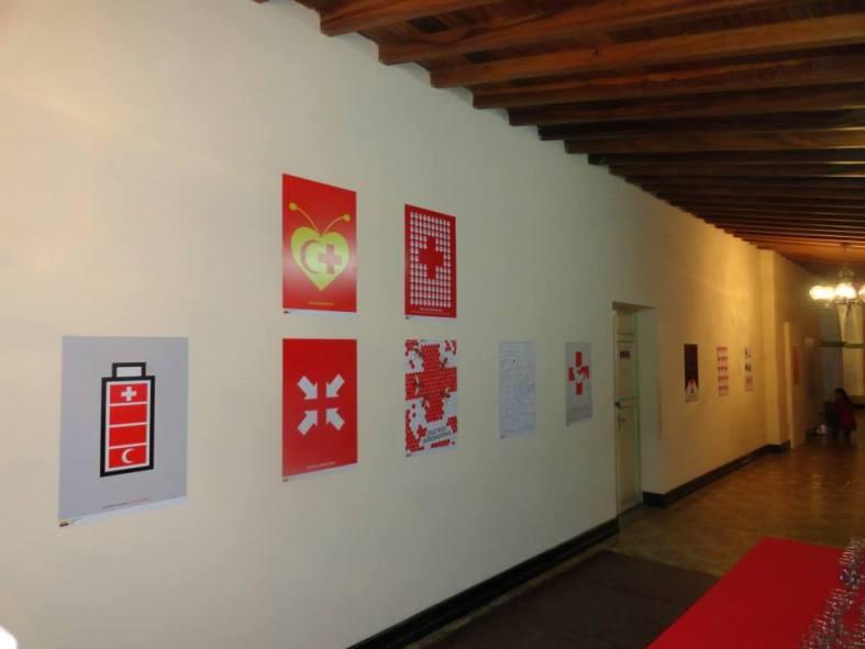 cruz roja 11