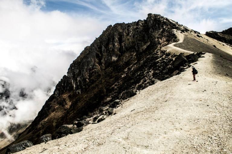 guagua volcano 9